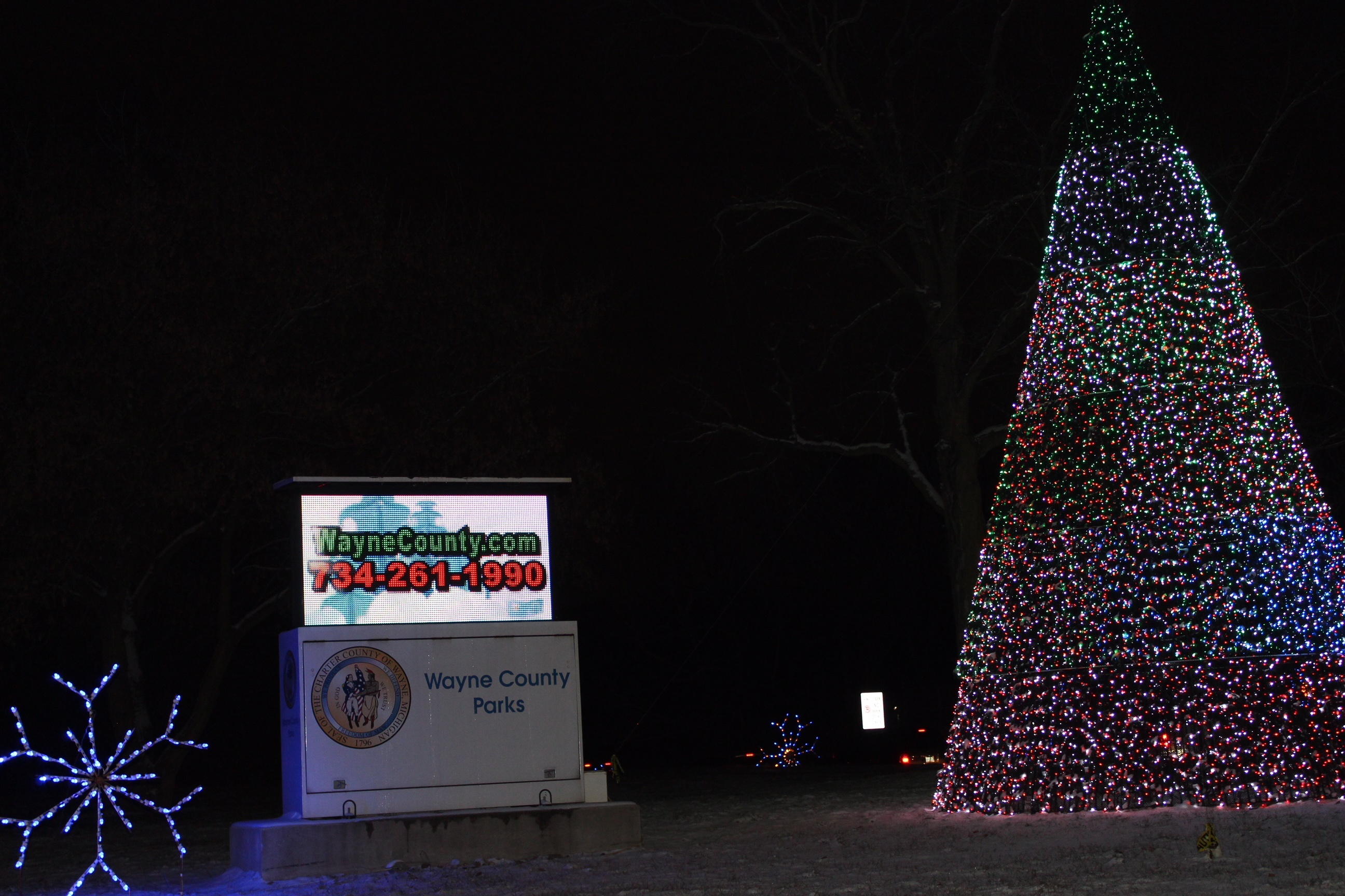 Wayne County Parks Use LED Displays to Communicate With Customers