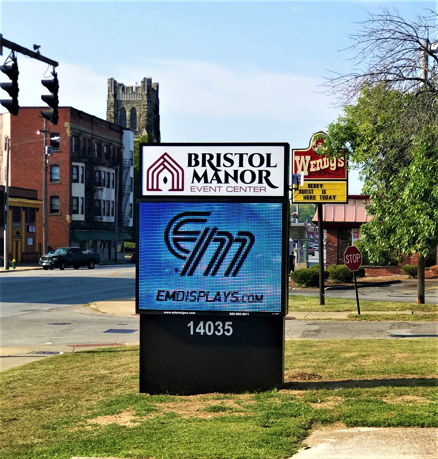 Bristol Manor Event Center Uses LED Sign to Build Awareness