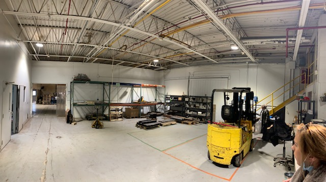 Building tenant teams up to upgrade entire facility to LED Lighting