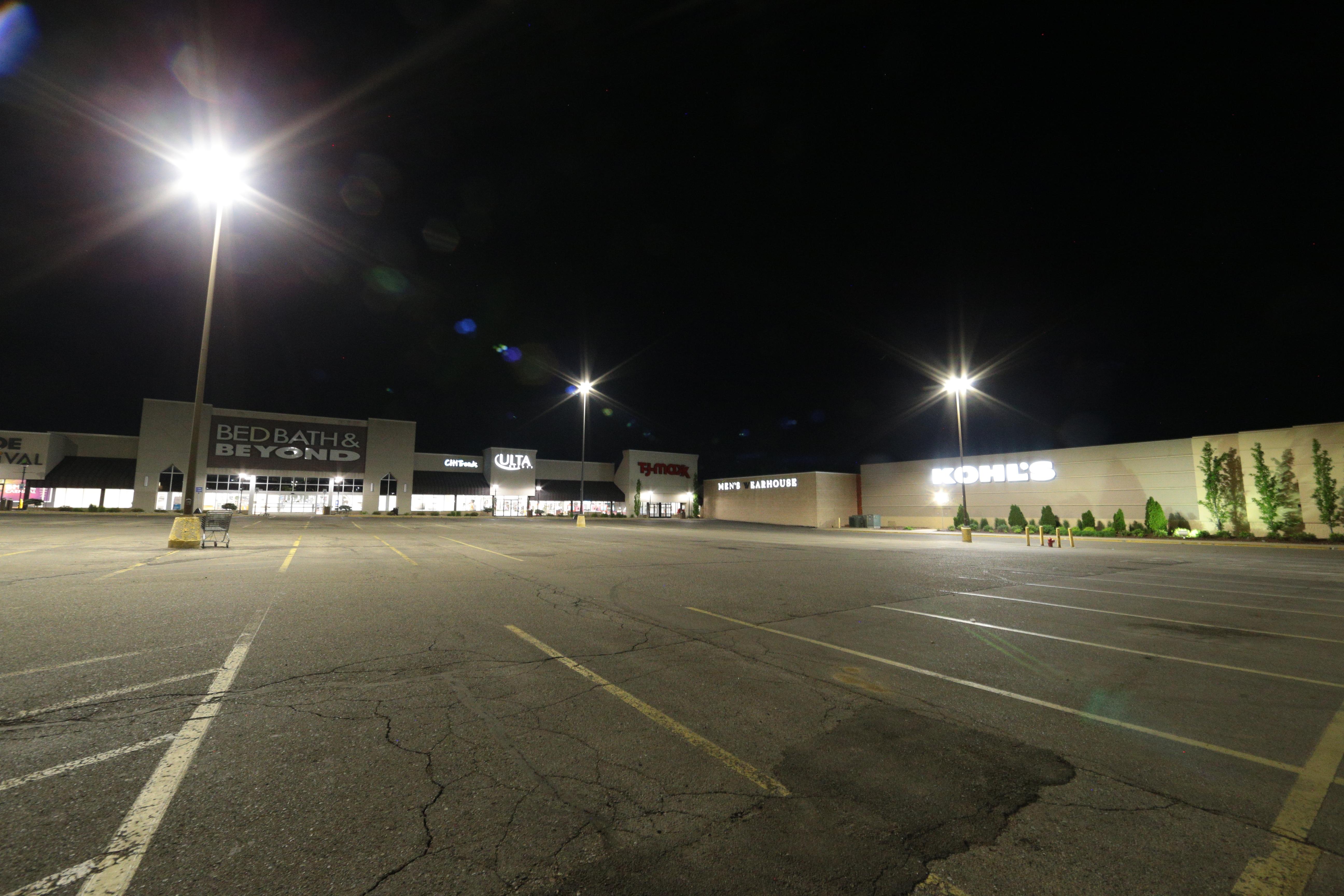 Namdar's Centerpointe Property Loves New LED Lighting