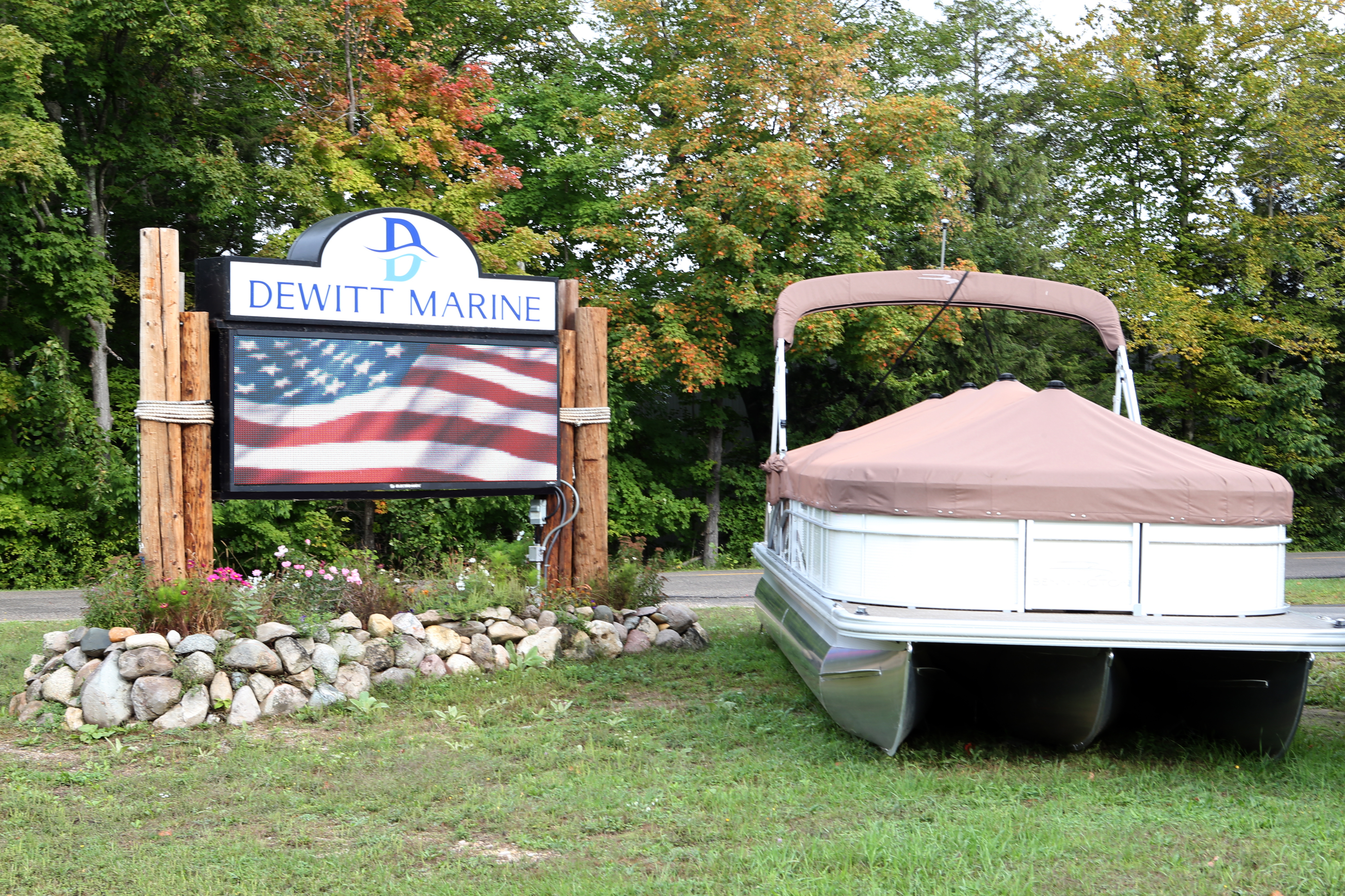 Dewitt Marine sees Increase in Sales with LED Sign Upgrade